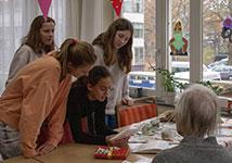 Sintproject Rijnlands Lyceum brengt jong en oud dichter bij elkaar!